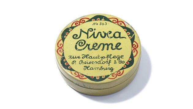 NIVEA-tin-1911-Beiersdorf